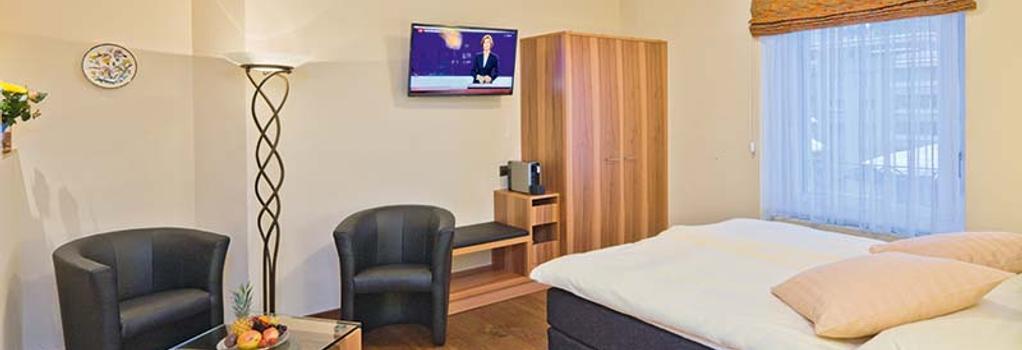 ホテル アンバサダー - ブリーク - 建物