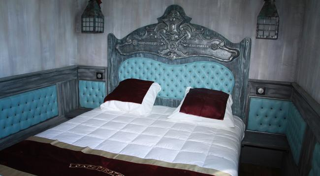 Hôtel Cap Pirate - カップ・ダグド - 寝室
