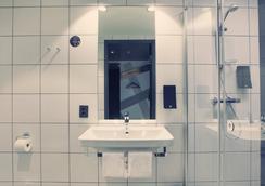 コンフォート ホテル エクスプレス セントラル ステーション - オスロ - 浴室