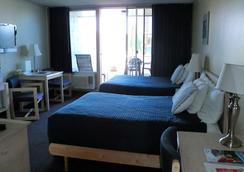 Foghorn Harbor Inn - Marina del Rey - 寝室