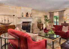 Ayres Hotel & Suites Costa Mesa/Newport Beach - コスタメサ - ロビー