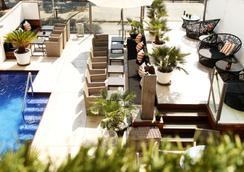 ホテル フェリス - パルマ・デ・マヨルカ - プール