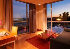 ホテルSB BCNイベンツ4 *スップ - カステルデフェルス - 寝室