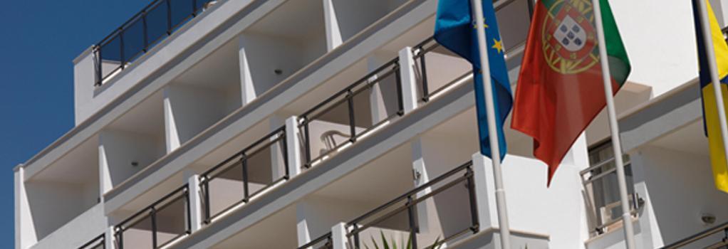 Carvi Beach Hotel - ラゴス - 建物