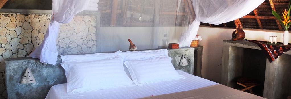 Nur Beach Resort - Jambiani - 寝室