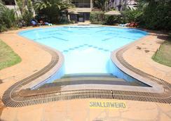Hillpark Hotel - ナイロビ - プール