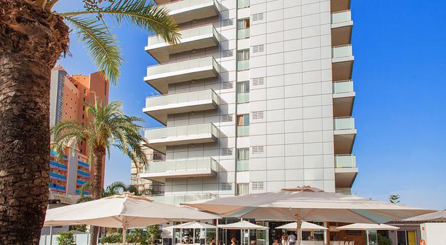 Hotel Rh Royal - Adults Only - ベニドーム - 建物