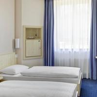 インターシティホテル フライブルク IntercityHotel Freiburg, Germany, standard twin room