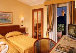 ホテル レグノ - ローマ - 寝室