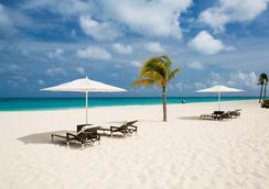 ブカティ & タラ ブティック ビーチ リゾート 大人専用 - オラニエスタッド - ビーチ