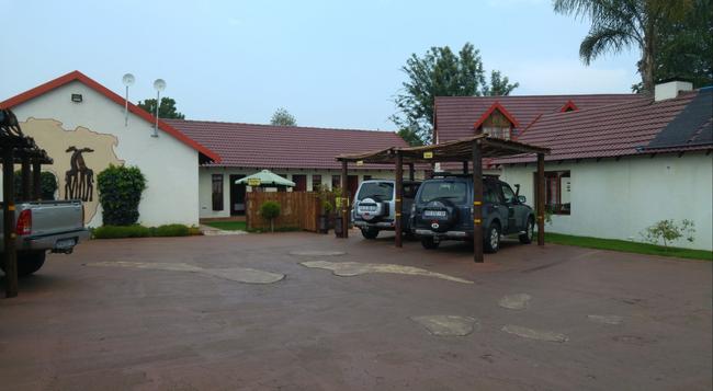 Journey's Inn Africa Guest Lodge - ヨハネスブルグ - 建物