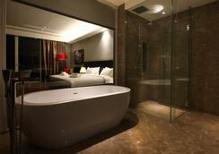 ザ ショア ホテル & レジデンセズ - マラッカ - 浴室