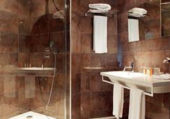Citotel De la Cloche - Dole - 浴室