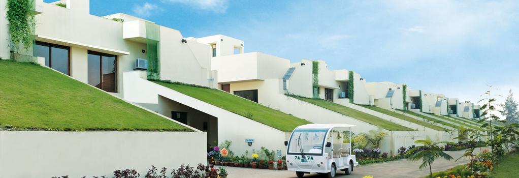Vedic Village Spa Resort - コルカタ - 建物