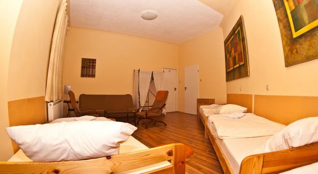 To Tu Hostel - クラクフ - 寝室