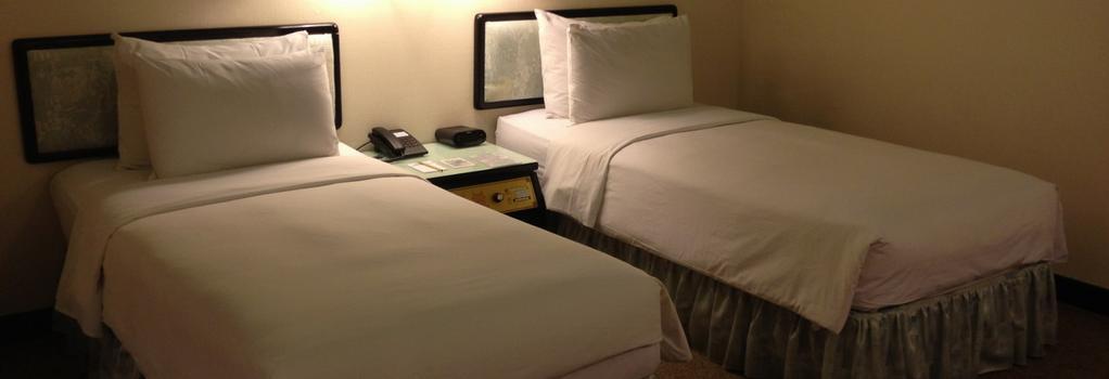 ザ プレミア ホテル - 台南市 - 寝室