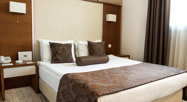 ブランカ ホテル - イズミール - 寝室