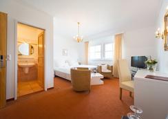 Hotel zum Kuhhirten - ブレーメン - 寝室