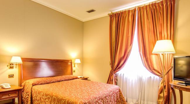 ホテル オセアニア - ローマ - 寝室