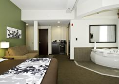 スリープ イン & スイーツ ダウンタウン インナー ハーバー - ボルティモア - 寝室
