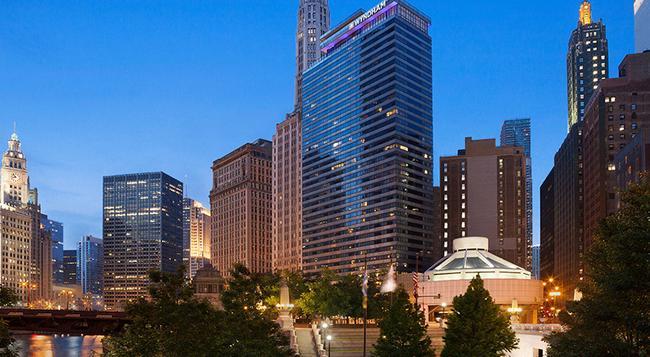 ウィンダム グランド シカゴ リバーフロント - シカゴ - 建物