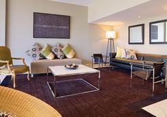 Adina Apartment Hotel Brisbane - ブリスベン - ラウンジ