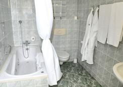 ホテル グロマダ ワルシャワ セントラム - ワルシャワ - 浴室