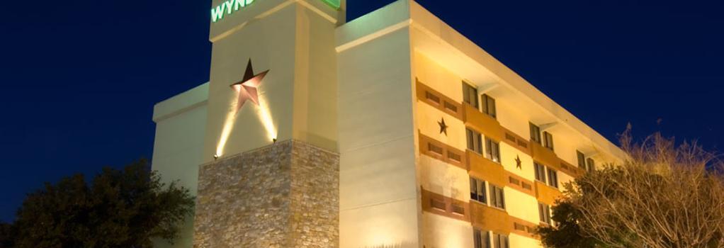 ウィンダム ガーデン ホテル オースティン - オースティン - 建物