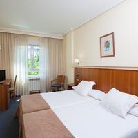 Hotel Ciudad de Compostela Guestroom