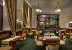 ブティック ホテル セブン デイズ - プラハ - レストラン