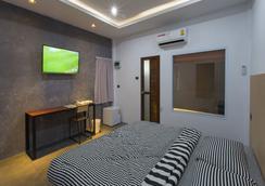 88 Fine Hotel - スラート・ターニー - 寝室