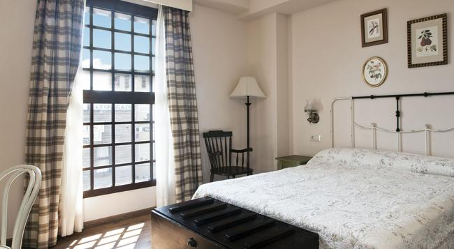 Portaventura Hotel Gold River - Theme Park Tickets Included - サロウ - 寝室
