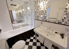 ドゥーカ ダオスタ ホテル - アオスタ - 浴室