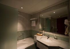 エグゼクティヴズ ホテル オラヤ - リヤド - 浴室