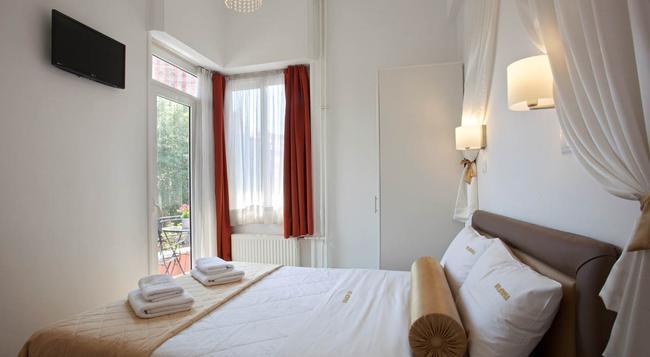 メトロポリス ホテル - アテネ - 寝室