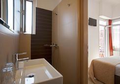 メトロポリス ホテル - アテネ - 浴室