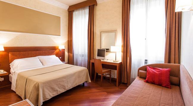 ホテル マドリッド - ローマ - 寝室