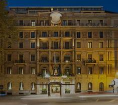アンバシアトーリ パレス ホテル