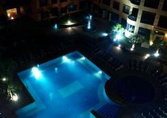 モガドール メンザ アパート ホテル - マラケシュ - プール
