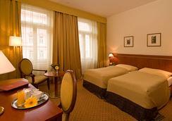 ホテル ラファエロ - プラハ - 寝室