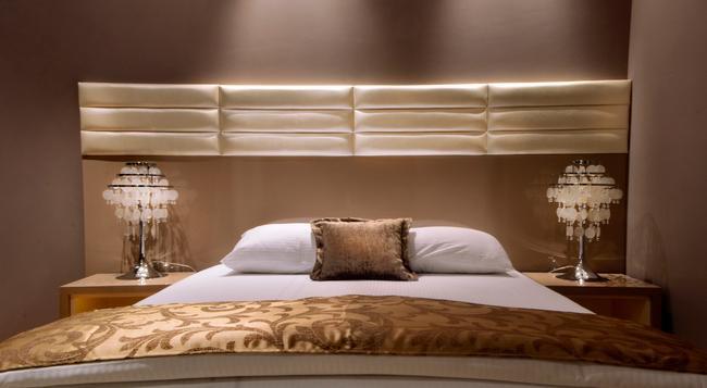 アパート ホテル K - ベオグラード - 寝室
