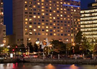 ルネッサンス ウォーターフロント ホテル
