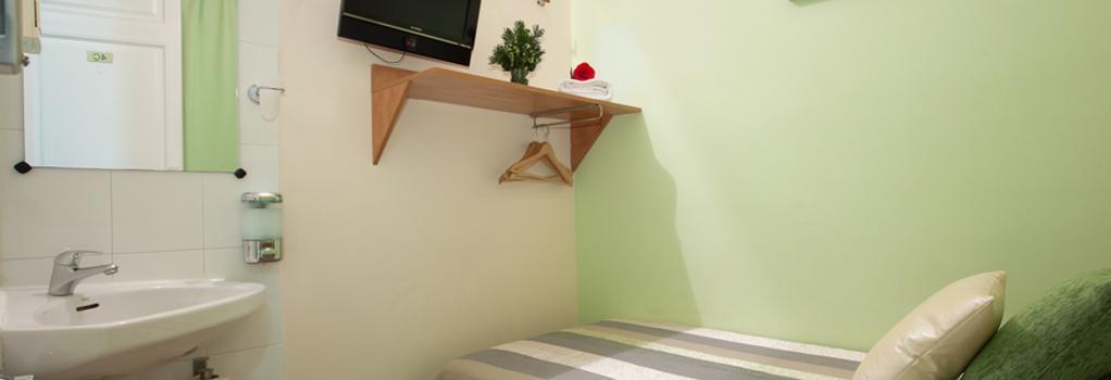 オスタル フェリペ 2 - バルセロナ - 寝室