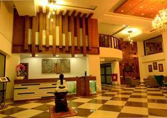 Hotel Bhargav Grand - Guwahati - ロビー
