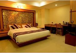 Hotel Bhargav Grand - Guwahati - 寝室