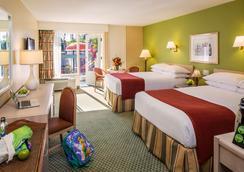 ハワード ジョンソン アナハイム ホテル アンド ウォーター プレイグラウンド - アナハイム - 寝室