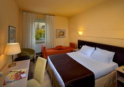 ホテル カールトン - フェラーラ - 寝室