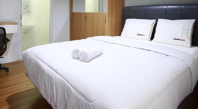 Reddoorz @ Cipete Utara - 南ジャカルタ市 - 寝室