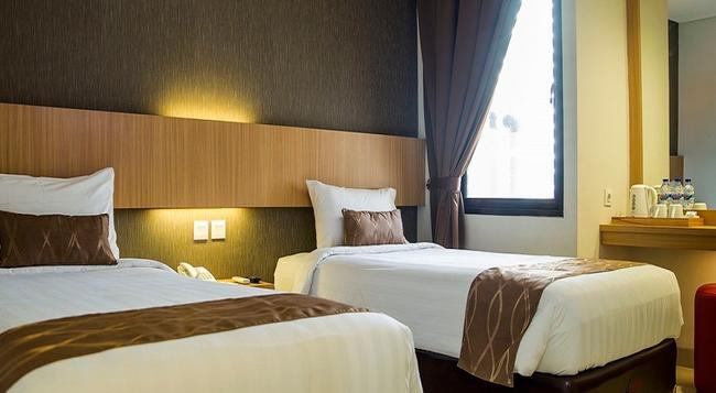 Reddoorz Blok M - 南ジャカルタ市 - 寝室