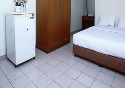 RedDoorz @ Karet Pedurenan 3 - 南ジャカルタ市 - 寝室